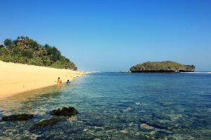 Wisata Pantai Sadranan Jogja yang Memukau